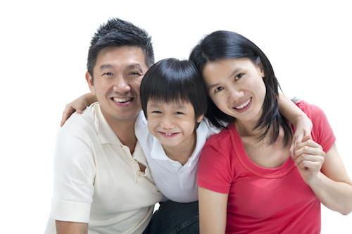 family smiling | teeth cleaning des moines ia